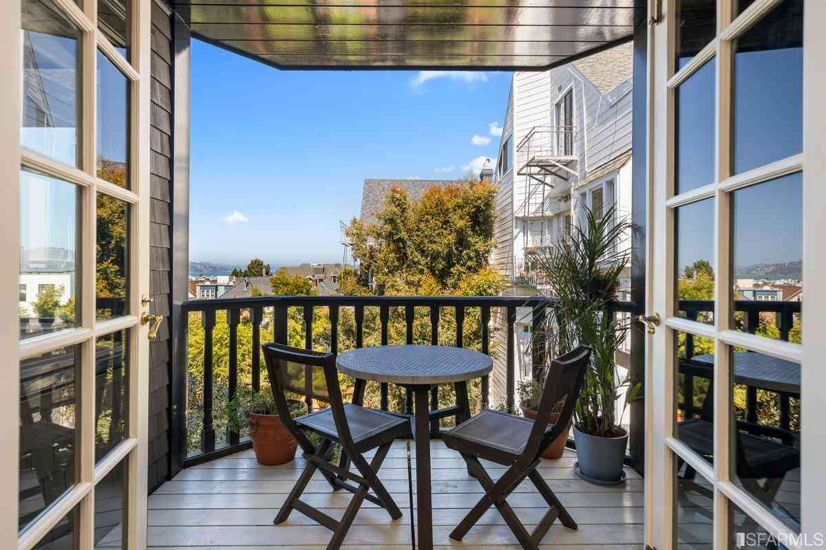 2204 Green Street, San Francisco, CA, 94123,