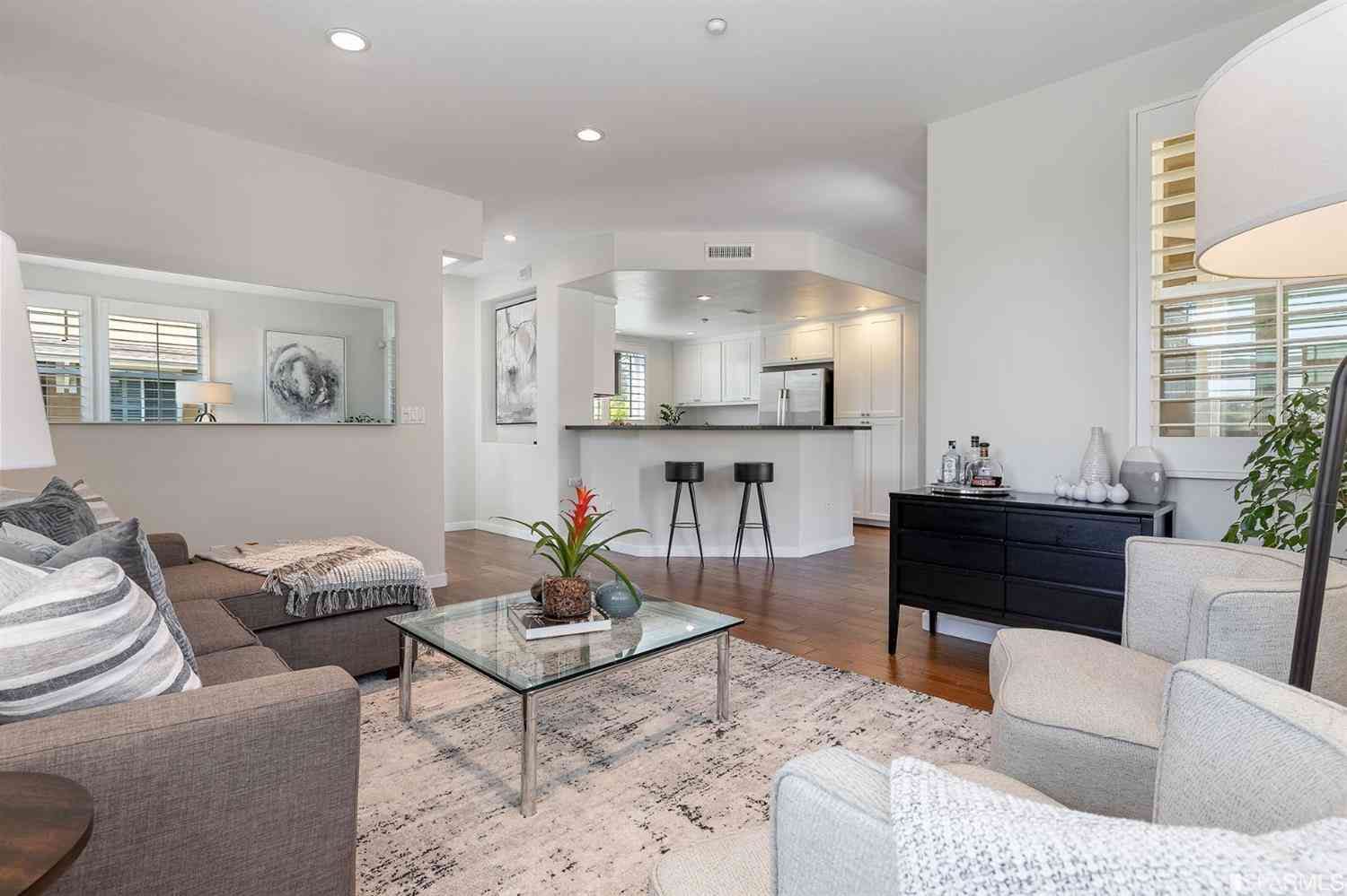 210 Pelican Cove Terrace, San Francisco, CA, 94134,