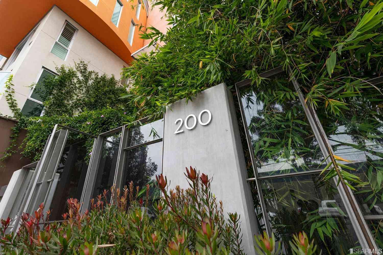 200 2nd Street #402, Oakland, CA, 94607,