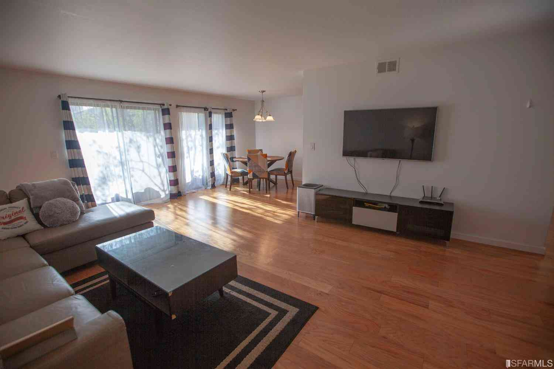 499 Estudillo Avenue #107, San Leandro, CA, 94577,