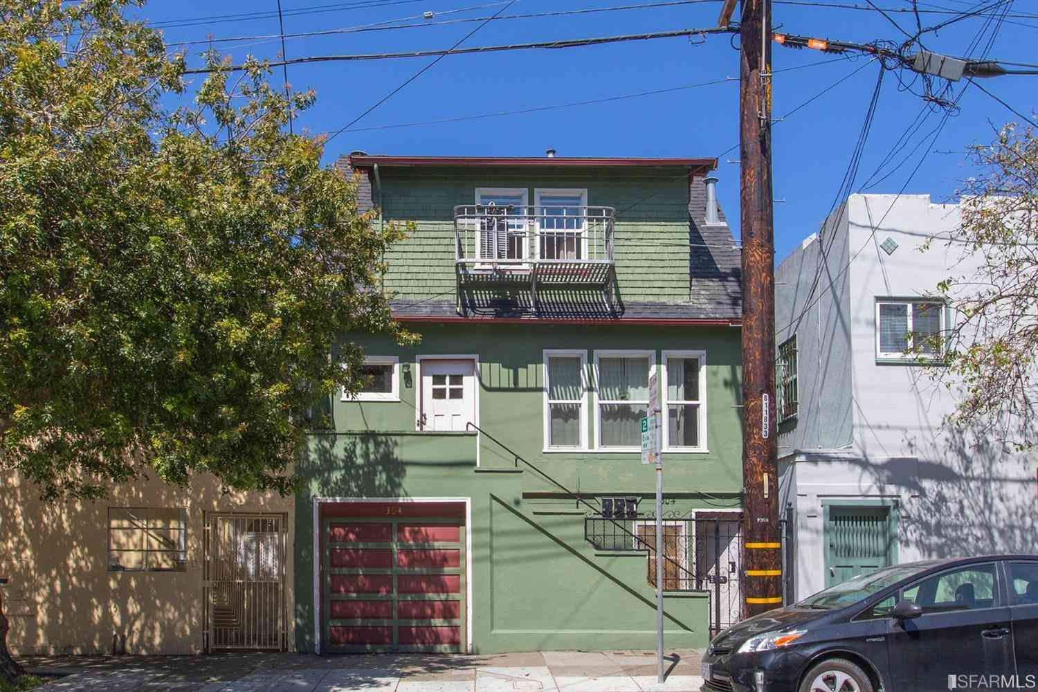 304 Holloway Avenue, San Francisco, CA, 94112,