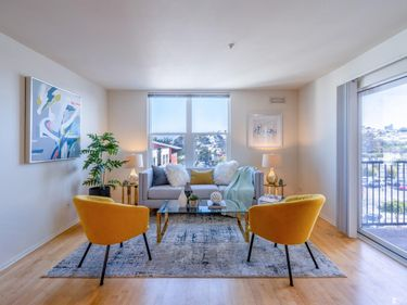 8400 Oceanview Terrace #302, San Francisco, CA, 94132,
