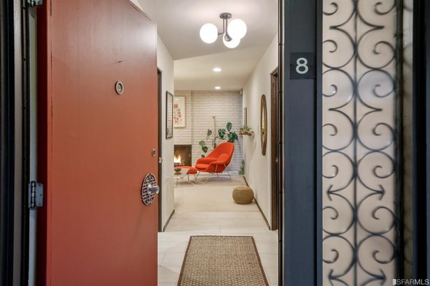 85 Cleary Court #8