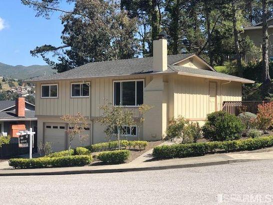 1204 redwood Way