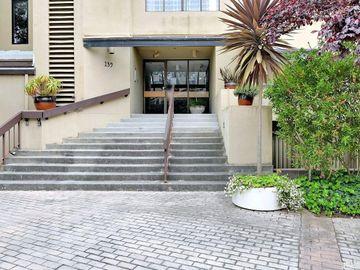 139 South Lake Merced Hills #1B, San Francisco, CA, 94132,