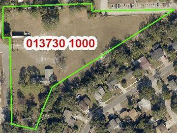 5811 LE SABRE RD, Jacksonville, FL, 32244,