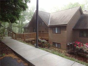 800 Laurelwood #800, Laurelwood, VA, 22967,