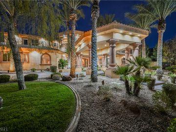 8280 Via Olivero Avenue, Las Vegas, NV, 89117,