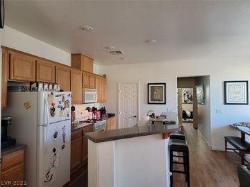 6153 Pine Desert Street #101, Las Vegas, NV, 89108,
