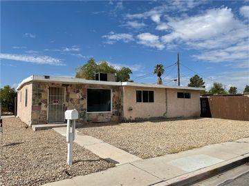 2206 E OAKEY BL Boulevard, Las Vegas, NV, 89104,