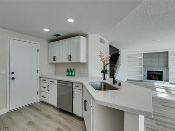 117 Logansberry Lane, Las Vegas, NV, 89145,