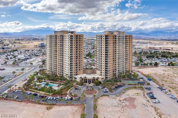 8255 Las Vegas Boulevard #1021