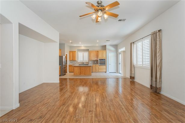 2488 Bench Reef Place