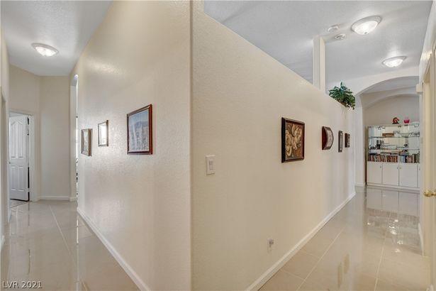 9141 Cedeno Street