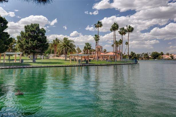 2409 Palm Shore Court