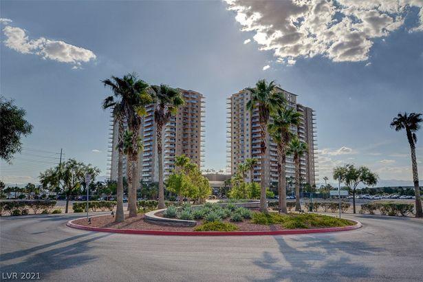 8255 S Las Vegas Boulevard #906