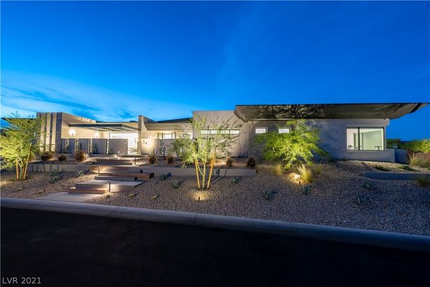 54 Crested Cloud Way