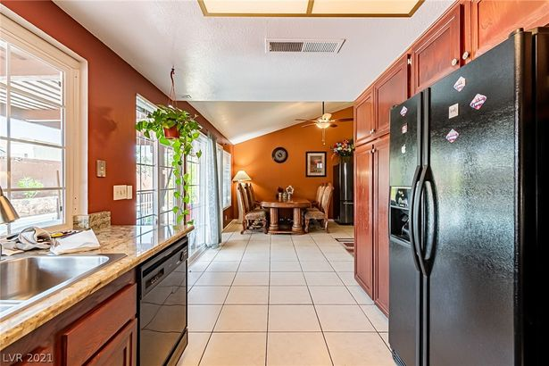 4389 Clear Brook Place