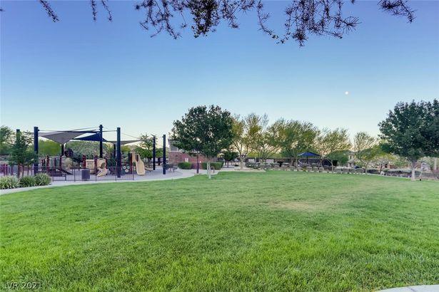 10697 Acacia Park Place
