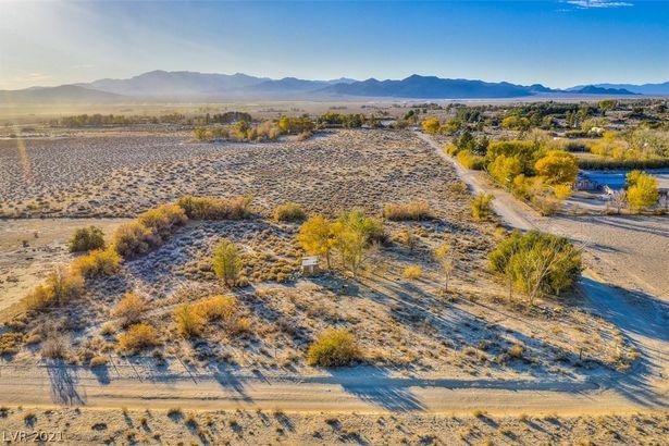 385 N Mojave Street