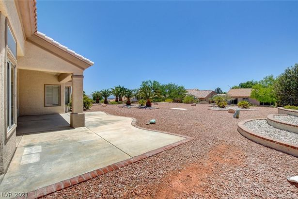 10509 Button Willow Drive