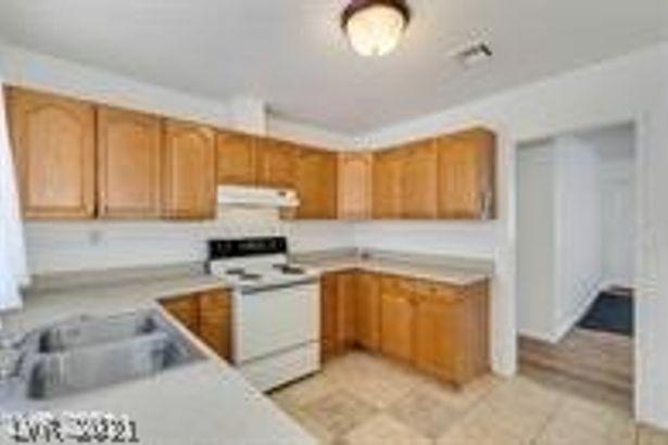 710 W Van Buren Avenue