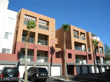 67 E Agate Avenue #201, Las Vegas, NV, 89123,