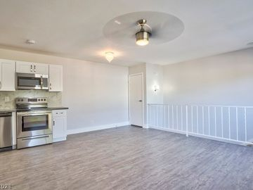 1494 Dorothy Avenue #4, Las Vegas, NV, 89119,