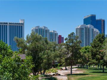778 Oakmont Avenue #308, Las Vegas, NV, 89109,