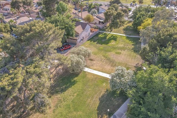 4849 Mountain Valley Road