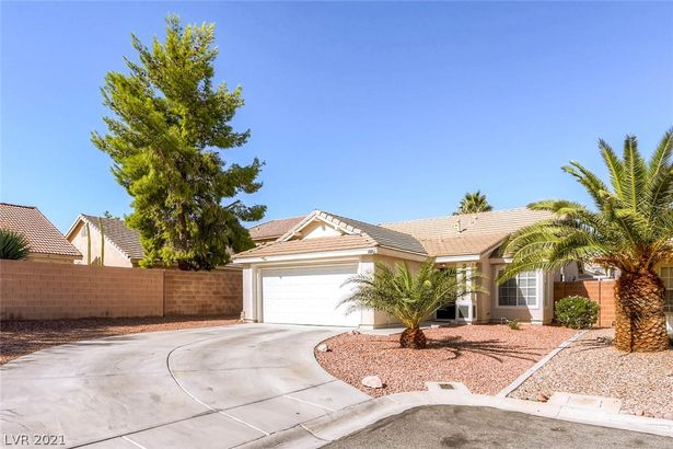 5583 Leaning Cloud Court