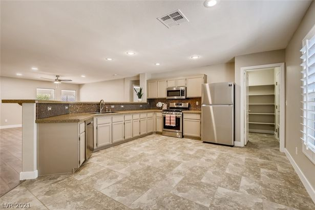 1107 Azure Heights Place