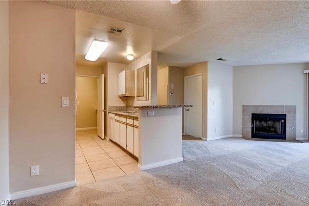 2200 S Fort Apache Road #2243