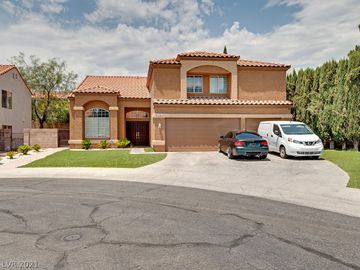 2701 Monrovia Drive, Las Vegas, NV, 89117,