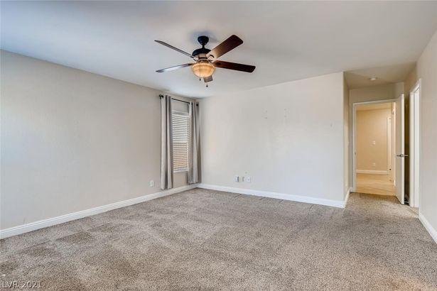 8236 Calico Wind Street