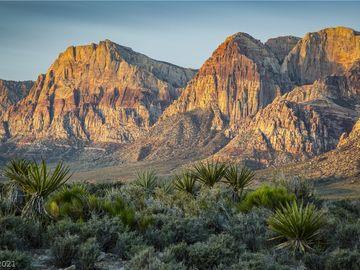 11 Red Rock Springs Circle, Las Vegas, NV, 89004,