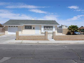 3590 Clear Lake Court, Las Vegas, NV, 89115,