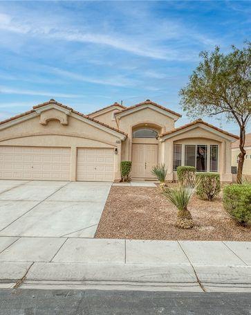 5705 Royal Springs Avenue Las Vegas, NV, 89131
