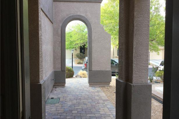 9021 Little Horse Avenue