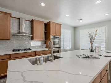 11744 Lily Rubin Avenue, Las Vegas, NV, 89138,