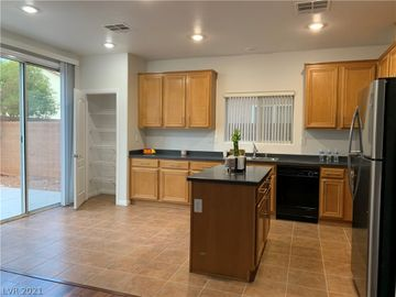 11746 Tierney Creek Drive, Las Vegas, NV, 89183,