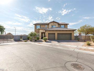 6606 Young Sky Avenue, Las Vegas, NV, 89142,