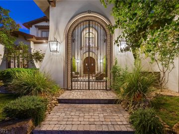 10997 Tranquil Waters Court, Las Vegas, NV, 89135,
