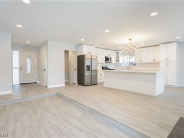618 Valley View Drive, Henderson, NV, 89002,