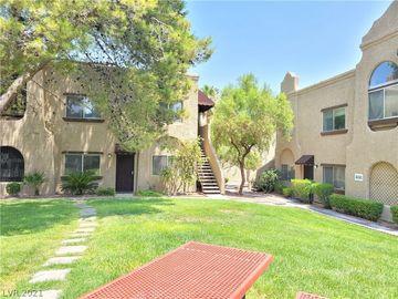 5181 Pioneer Avenue #204, Las Vegas, NV, 89146,