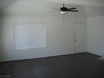 913 Willow Tree Drive #A, Las Vegas, NV, 89128,