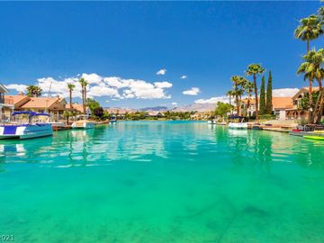 9005 Feather River Court, Las Vegas, NV, 89117,