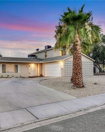 1661 Golden Arrow Drive Las Vegas, NV, 89169