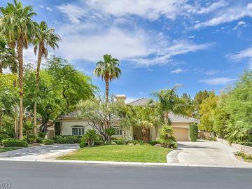 7404 Oak Grove Avenue, Las Vegas, NV, 89117,