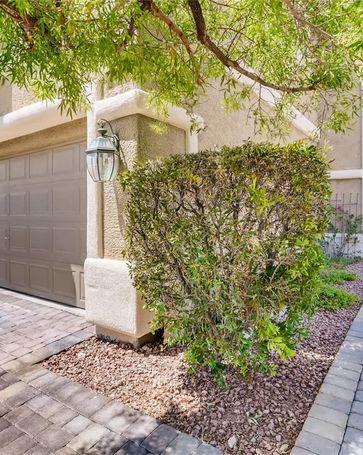 9962 Rockside Avenue Las Vegas, NV, 89148